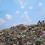 جنگل، کوه و دریا در محاصرهی زبالهها